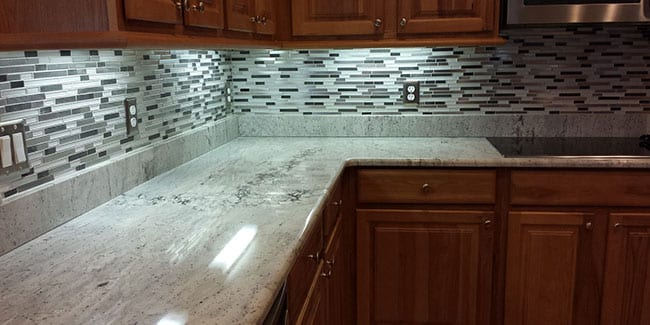 Why Everyone Needs a Kitchen Backsplash
